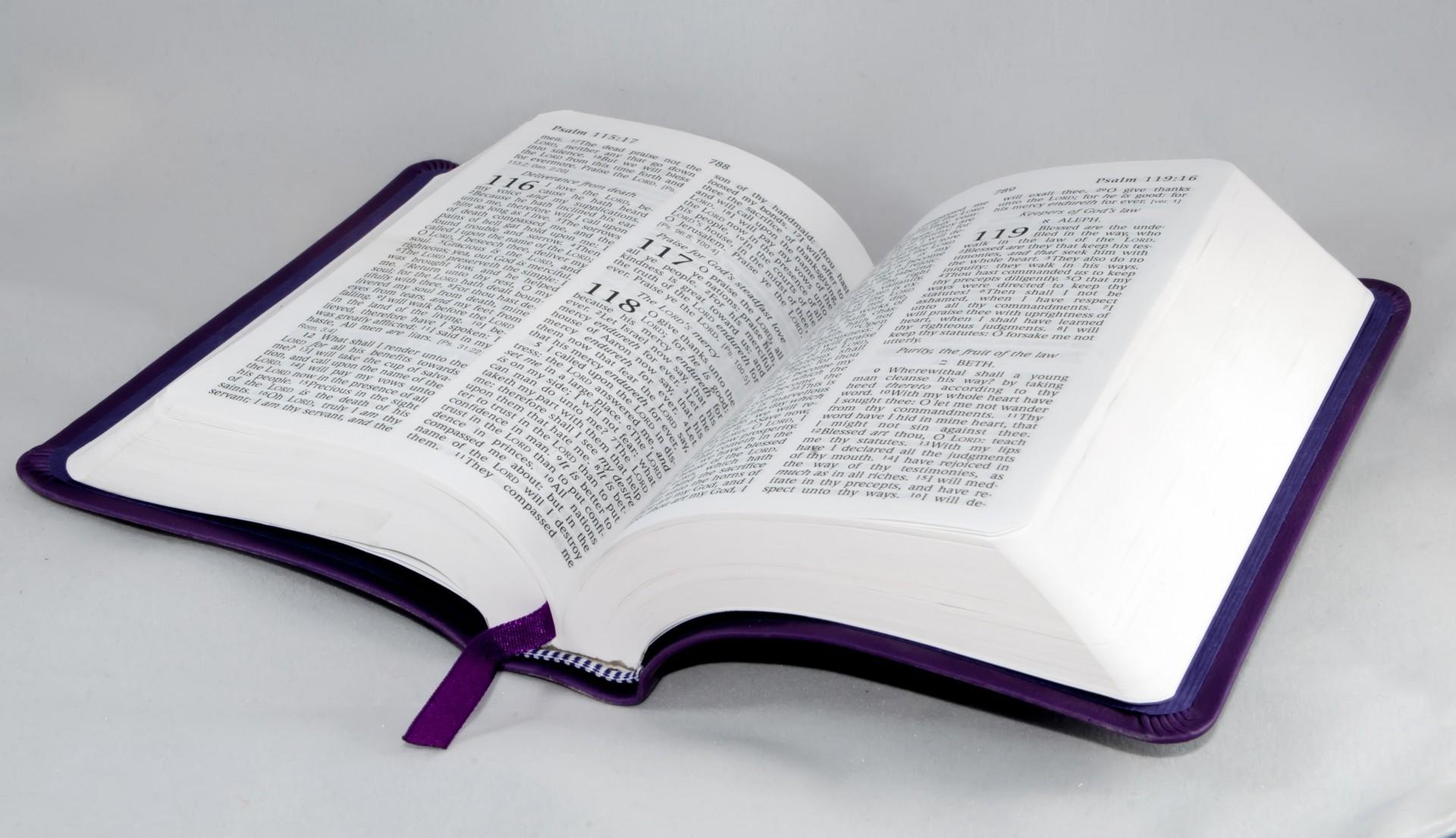 otvorena biblija